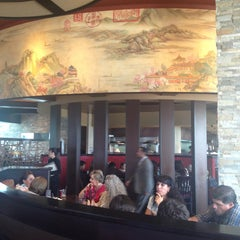 Photo taken at P.F. Chang's Asian Restaurant by Germán L. on 4/20/2013