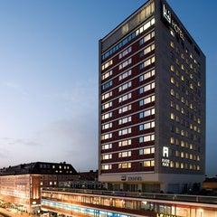 Photo taken at NH München Deutscher Kaiser by NH Hotel Group on 12/11/2014