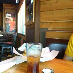 Photo taken at Logan's Roadhouse by Cathy H. on 4/12/2014