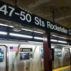 Photo taken at MTA Subway - 47th-50th St/Rockefeller Center (B/D/F/M) by Christina H. on 9/28/2012