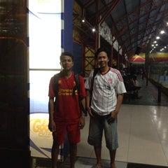Photo taken at Gool Futsal Mangga Dua by Faskho N. on 8/7/2014