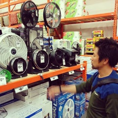 Photo taken at The Home Depot by Ryo N. on 5/24/2015