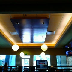 Photo taken at IHOP by Ser Gio D. on 3/18/2013