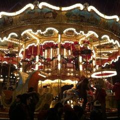 Photo taken at Weihnachtsmarkt Frankfurt by Faolin K. on 12/7/2012