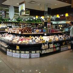 Photo taken at Whole Foods Market by Pariz L. on 6/29/2013