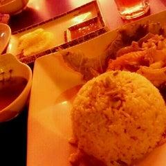 Photo taken at Irfan Tomyam Seafood by Adlina H. on 11/19/2012