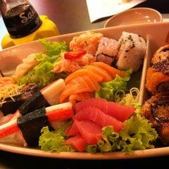 Photo taken at Sushi da Moka by Cecilia D. on 1/18/2013
