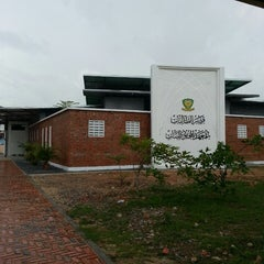 Photo taken at Maktab Mahmud by Hafiza H. on 3/3/2013