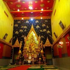 Photo taken at วัดสุนทรธรรมิการาม (Wat Sunthon Thammikaram) by Boe A. on 5/13/2014