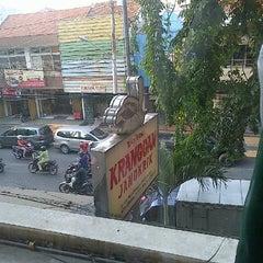 Photo taken at Toko Tekstil Kranggan (Jangkrik) by Nad N. on 11/3/2014