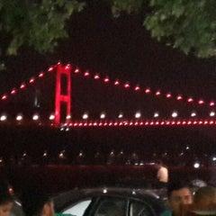 Photo taken at Emirgan Sütiş by Yeşim Y. on 7/10/2013