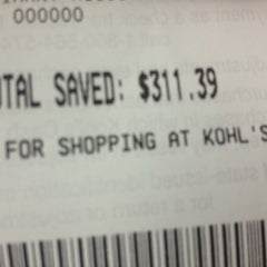 Photo taken at Kohl's by Areliis R. on 11/17/2012