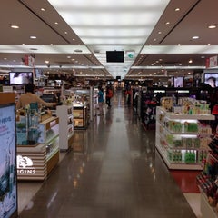 Photo taken at JDC Duty Free (JDC 면세점) by Kate H. on 10/6/2013