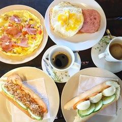 Photo taken at Breakfast Bar by Shirley L. on 11/21/2015