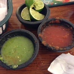 Photo taken at La Unica by Erin H. on 6/8/2014