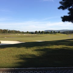 Photo taken at Laranjal Golf - Quinta do Lago by Rob L. on 5/5/2013