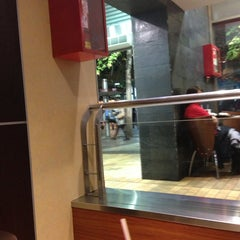 Photo taken at McDonald's by Perseo F. on 6/7/2013