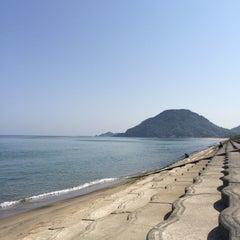 Photo taken at 砂丘海水浴場 by なおなつ ✩⃛🌴 on 5/1/2015