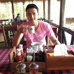 Photo taken at Chachanat Woodland Resort by Ruechapon K. on 2/14/2014