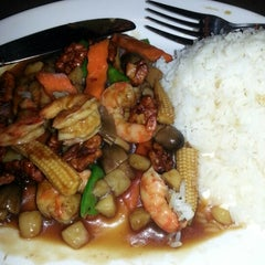 Photo taken at Vietopia Vietnamese Cuisine by Damaris R. on 1/4/2013
