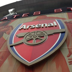 Photo taken at Emirates Stadium by Jenny W. on 5/9/2013