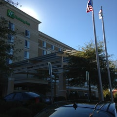 Photo taken at Holiday Inn Raleigh-Durham Airport by Jason B. on 11/10/2013