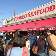Photo taken at Maine Avenue Fish Market by Jason B. on 3/30/2013