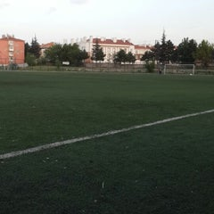 Photo taken at Abdurrahman Temel Futbol Sahası by Enes Y. on 5/22/2013