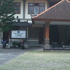 Photo taken at LPSE Pemda Badung by Linda S. on 12/1/2012