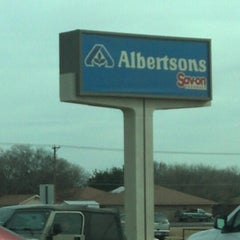 Photo taken at Albertson's by Lise B. on 12/24/2012