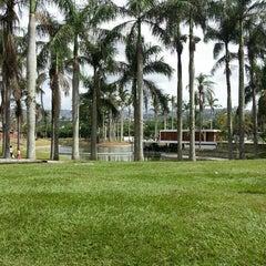 Photo taken at Parque Generalísimo Francisco de Miranda by Ronald E. on 7/20/2013