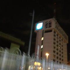 Photo taken at Banco Popular by OSCAR BONE on 4/24/2013