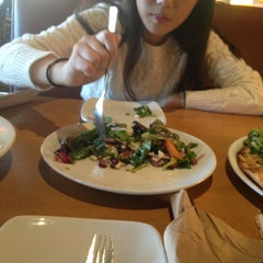 Photo taken at California Pizza Kitchen by Mijeong J. on 9/17/2013