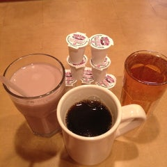 Photo taken at Seven Star Diner by Gabriella S. on 12/11/2012