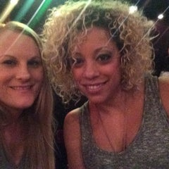 Photo taken at Funny Bone Comedy Club by Shor-T on 4/10/2014