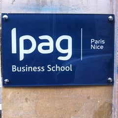 Das Foto wurde bei IPAG Business School von Ipag B. am 6/5/2013 aufgenommen