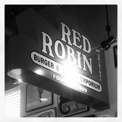 Photo taken at Red Robin Gourmet Burgers by amber c. on 2/10/2013