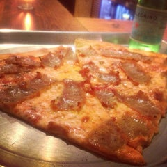 Photo taken at Rigoletto Pizza by Cristina R. on 9/26/2013