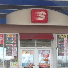 Photo taken at Burger King® by Kristen D. on 3/31/2013
