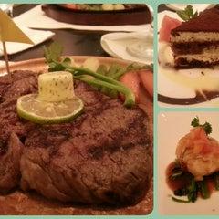 Photo taken at Angus Steak House by Elizabeth L. on 5/3/2014