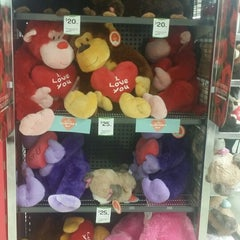 Photo taken at Woolworths by Stanley L. on 2/7/2015