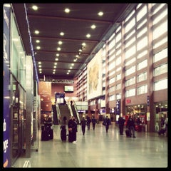 Das Foto wurde bei Innsbruck Hauptbahnhof von Vytautas am 1/3/2013 aufgenommen