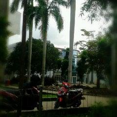 Photo taken at Plasa Mahasiswa (PLASMA) STAN by Agus R. on 1/26/2013