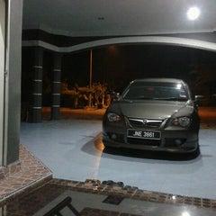 Photo taken at Felda Tenggaroh Timur 1 by Zaidah I. on 12/7/2012