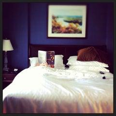 Photo taken at Sheraton Suites Columbus by fleurdeleigh on 6/2/2013