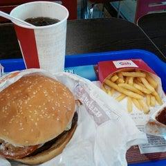 Photo taken at Burger King by Aleksandr L. on 7/27/2015