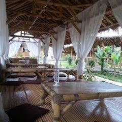 Photo taken at Restoran Istana Bambu by Nurul A. on 12/24/2012
