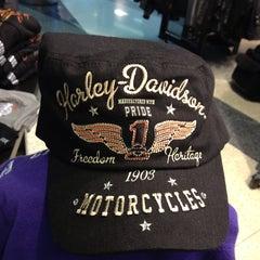 Photo taken at Windy City Harley-Davidson by Natalie F. on 9/20/2013