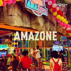 Photo taken at Amazone by H | E | N | R | Y on 4/7/2013