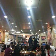 Photo taken at 주신정 (JUSHINJONG) by HeeJe W. on 3/17/2013